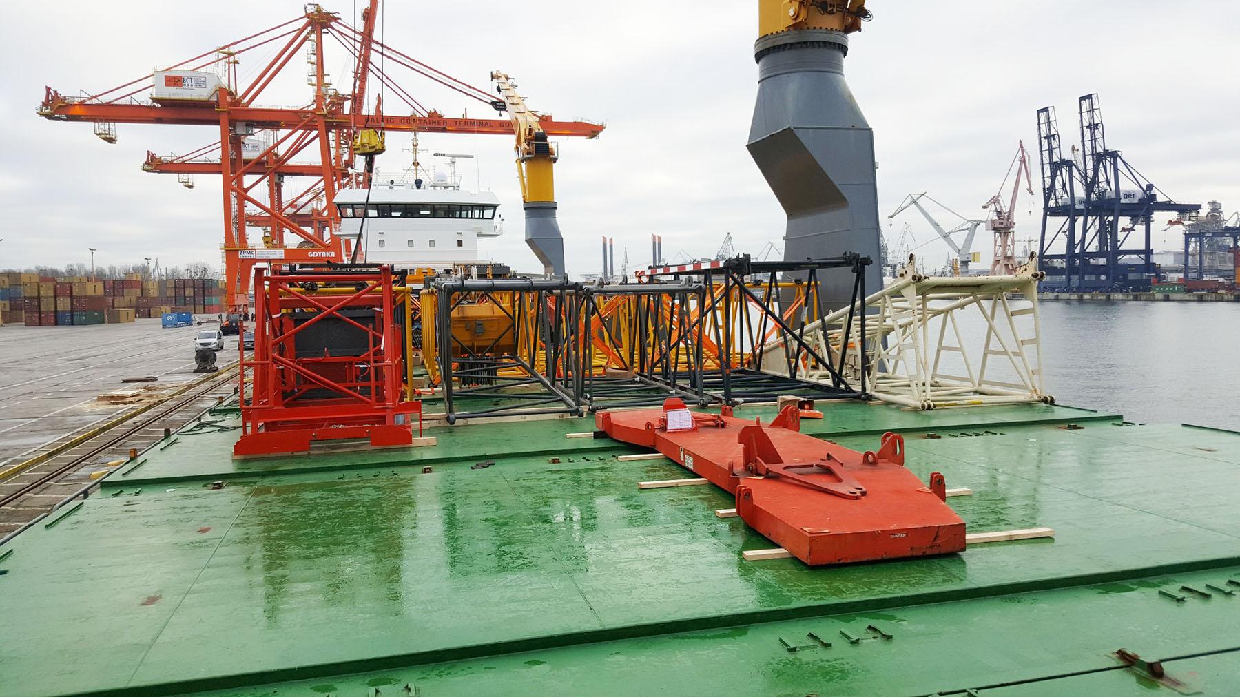 Le déménagement de la grue de Tchernobyl